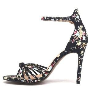 New WWW Truth Black Floral Knotted Stileto Pumps